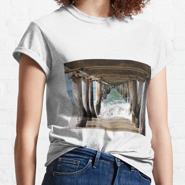 Narrowing Views Point Lonsdale Pier Classic T-Shirt