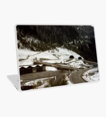 Austrian intersection in tangles Laptop Skin