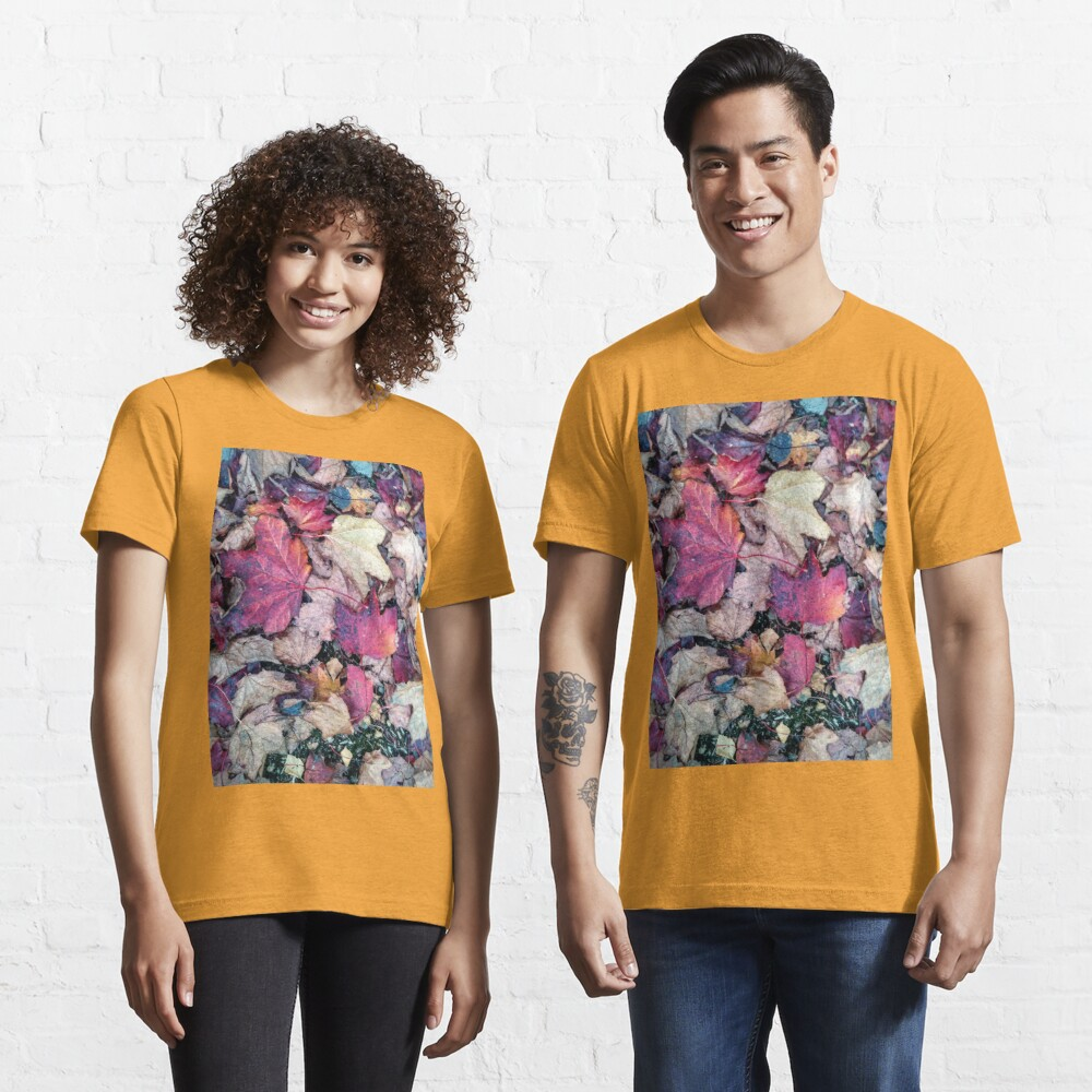 Leaves in Fall Autumn Essential T-Shirt