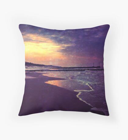 Walking on the dream Throw Pillow