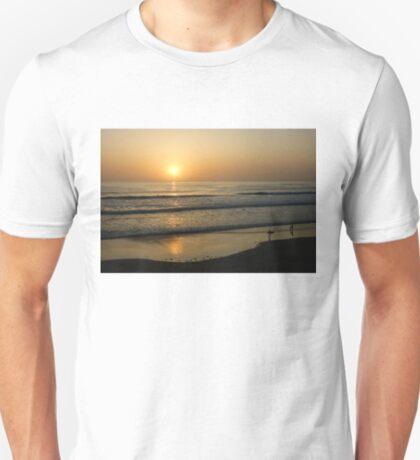 California Surfing Sunset - Pacific Beach, San Diego, California T-Shirt