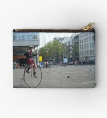 street perfomance Studio Pouch