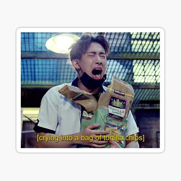 Wonho | Manger avec émotion des tortillas Sticker