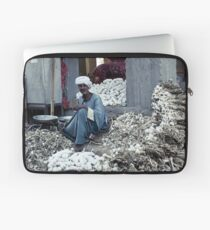 Garlic seller - Luxor, Egypt Laptop Sleeve