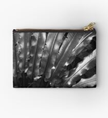 silvery nature Studio Pouch