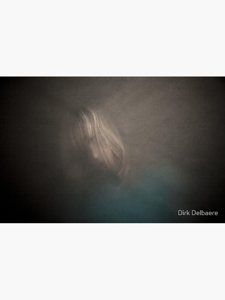in-between1 by Delbaere
