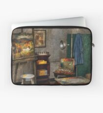 Painter - The Artists Studio Laptop Sleeve