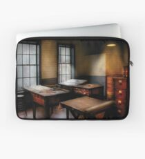 Draftsman - The Drafting room Laptop Sleeve