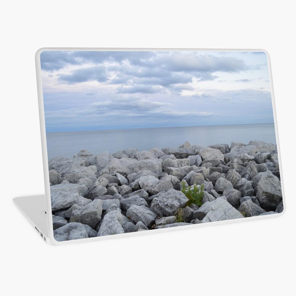 rocky lakeshore in Milwaukee Laptop Skin