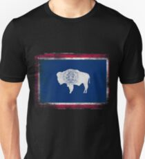 Wyoming State Flag Distressed Vintage Shirt T-Shirt