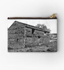 Dales Barn Studio Pouch