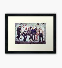 BTS Wings Album - Schlaf Gerahmtes Wandbild