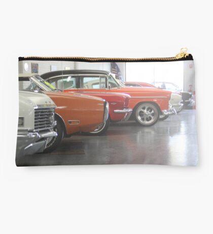 Muscle-car Garage Studio Pouch