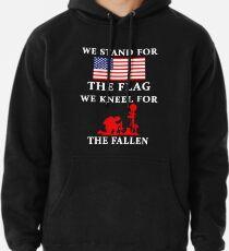 Sudadera con capucha Defendemos la bandera Nos arrodillamos por los caídos