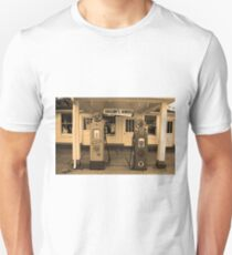 Route 66 - Soulsby Station Pumps Unisex T-Shirt