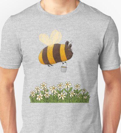 Bumble Bear with honey flies home T-Shirt