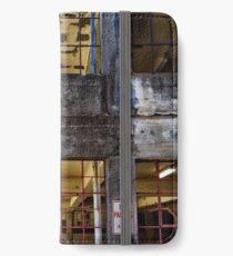 Facade14 iPhone Wallet/Case/Skin