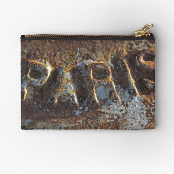 Gros bisous et a très bientôt!  a Paris . Brown Sugar.Views (150) Yeah !!! Thanks !!! Zipper Pouch