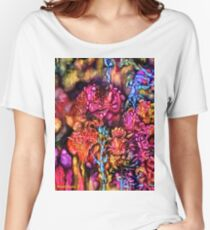 Qualia's Cave Women's Relaxed Fit T-Shirt
