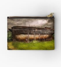 Boat - The construction of Noah's Ark Studio Pouch