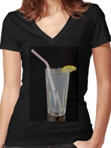 Cool refreshing lemonade drink with a straw  Women's Fitted V-Neck T-Shirt
