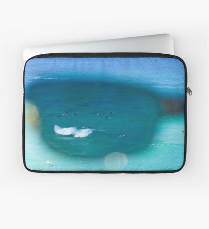 The Surfers At Tamarama Beach - Sydney Laptop Sleeve