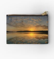 Pink Lace - Narrabeen Lakes, Sydney - The HDR Experience Studio Pouch