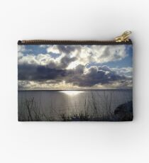 Snowstorm out to sea Studio Pouch