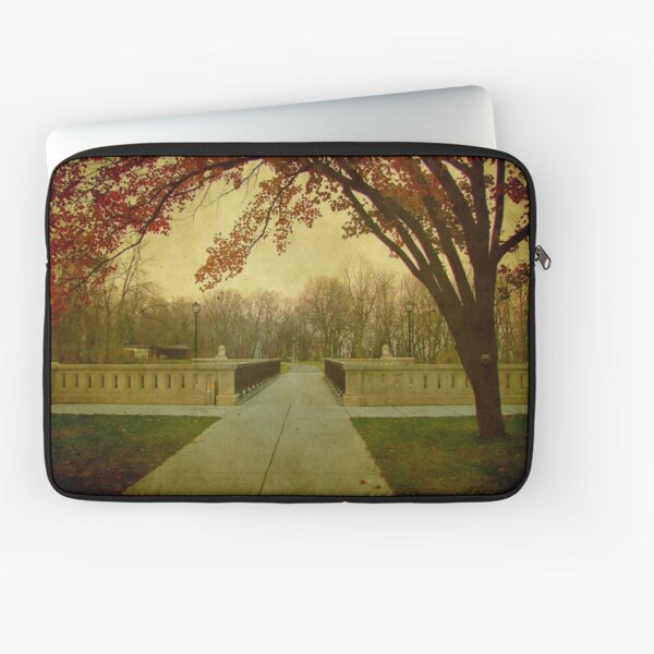 Out for a stroll © Laptop Sleeve