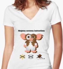 Mogway careway Women's Fitted V-Neck T-Shirt