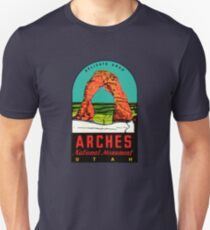 Arches National Monument Utah Moab Vintage Travel Decal T-Shirt