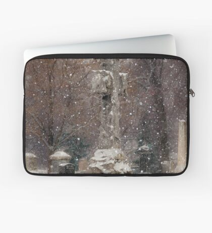 Snow is Falling Laptop Sleeve