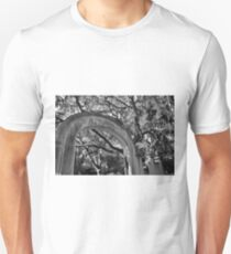 Wormsloe Historic Site Isle Of Hope GA Black And White Unisex T-Shirt