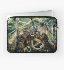 """560 years after apocalypse "" Laptop Sleeve"