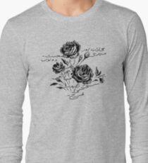 Roses and Love Urdu Poem Calligraphy Long Sleeve T-Shirt