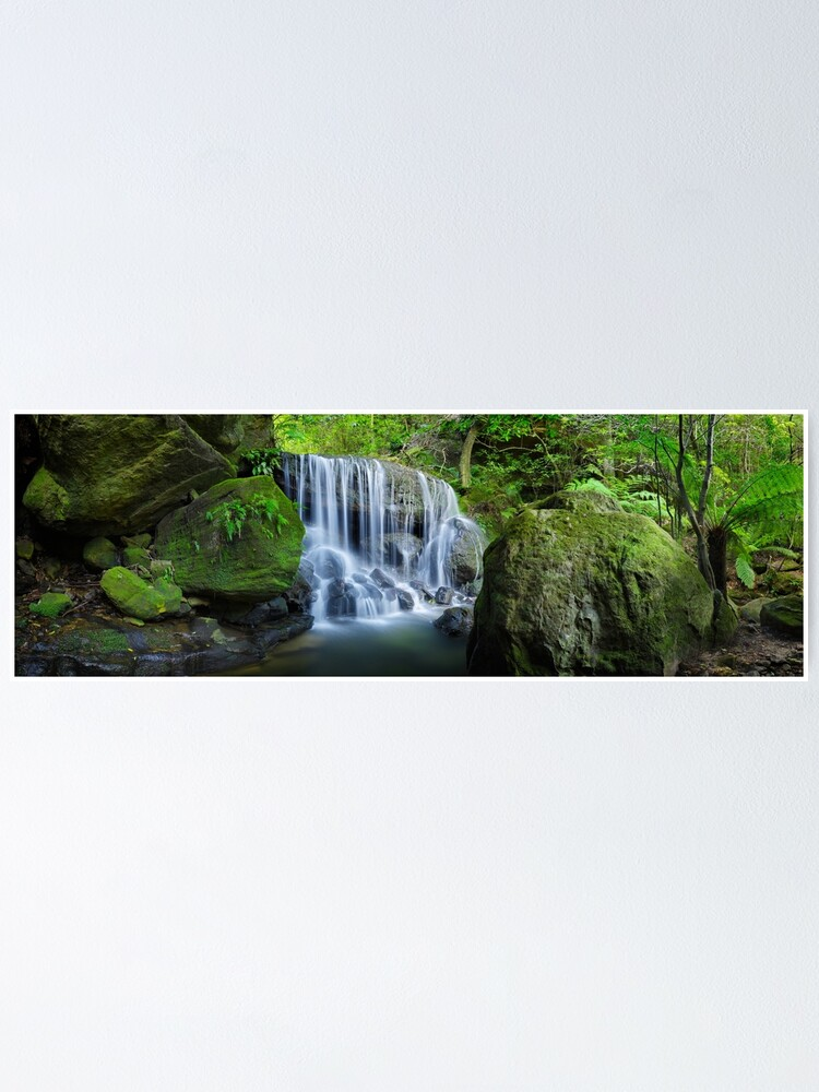 Alternate view of Weeping Rock, Blue Mountains. New South Wales, Australia Poster
