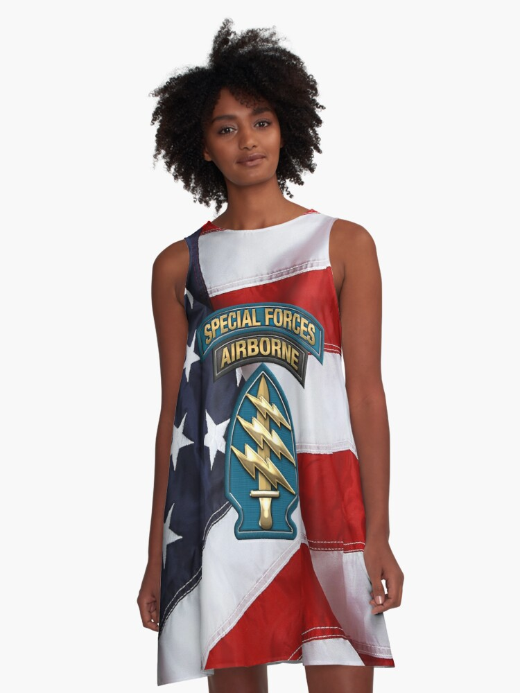 8cd24f84c5809 U.S. Army Special Forces - Green Berets SSI over American Flag A-Line Dress