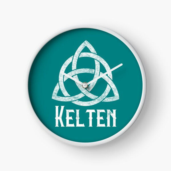 Kelten with Trinity Knot on Teal Clock