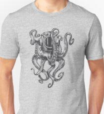 Octopus in diver's helmet Ocean Scuba Diving Funny T-Shirt