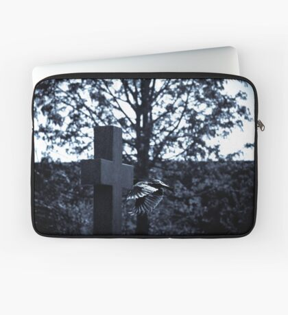 But who is stronger than death? Laptop Sleeve