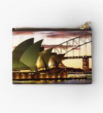 Sydney Icons Closeup Studio Pouch