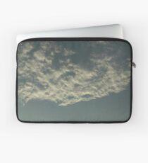 Sky Or Ocean ? 2 Laptop Sleeve