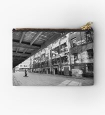 The Gallery Studio Pouch