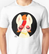 Glam Rocker Kitty Unisex T-Shirt