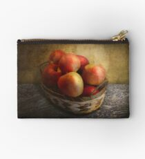 Food - Apples - Apples in a basket  Studio Pouch