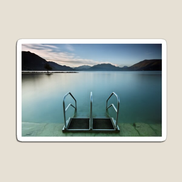Annecy lake, morning at the beach Magnet