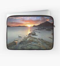 Sisiman Bay Sunset Laptop Sleeve