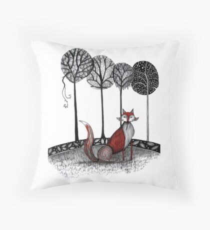 Never out fox the fox Throw Pillow
