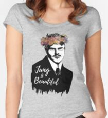 Camiseta entallada de cuello redondo Jung y hermoso