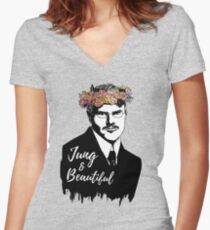 Jung and Beautiful Women's Fitted V-Neck T-Shirt